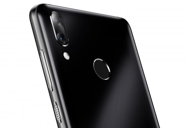 Vodafone Smart X9 Resimleri